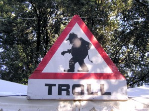 800px-Troll_Warning